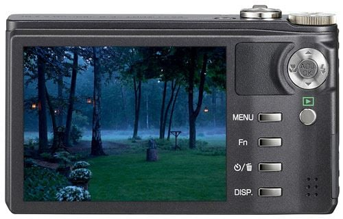 Ricoh CX2 with high resolution 3 inch LCD screen