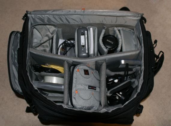 lowepro-magnum-650-aw-loaded