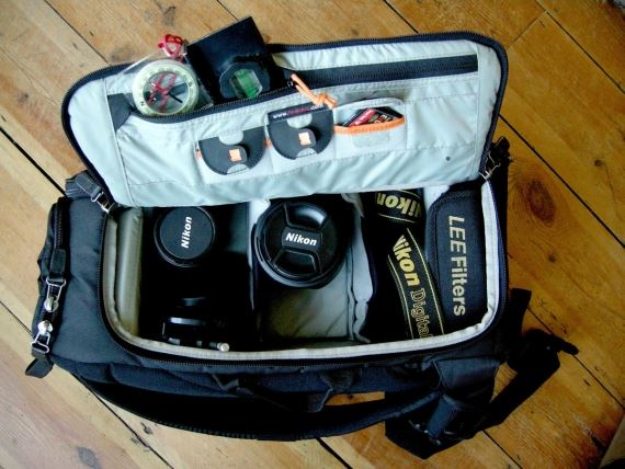 Lowepro Sling 220 AW filled with kit