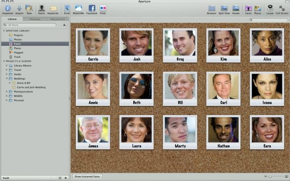 Photos are displayed on a corkboard, just like in iPhoto