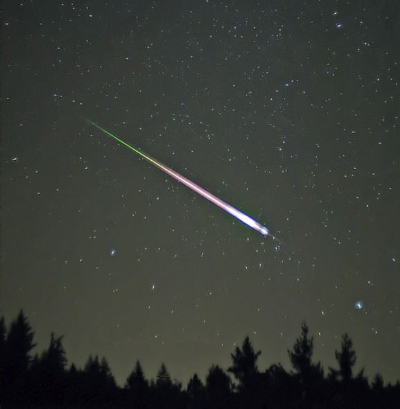 How to Photograph the Leonid Meteor Shower