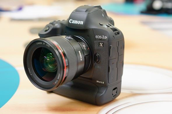 Canon EOS 1D X Mark II | Hands-on first look