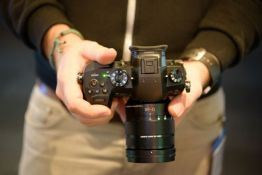 Panasonic Lumix GH5 Hands-On First Look