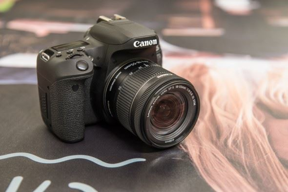 Canon EOS 800D and EOS 77D Hands-On First Look