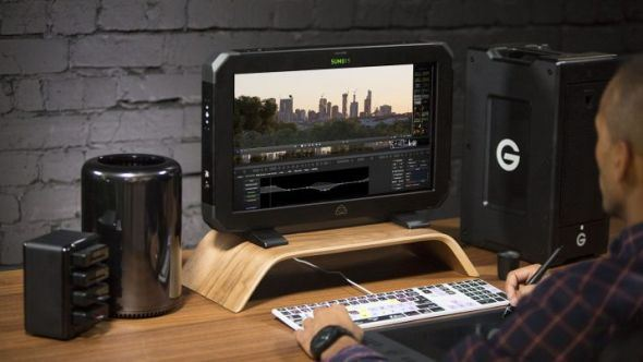 "Meet the Atomos Sumo – The new 19"" HDR monitor with up to 12bit 4K60p raw recording"
