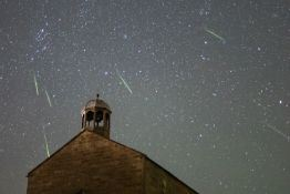 How to Photograph the Orionids Meteor Shower