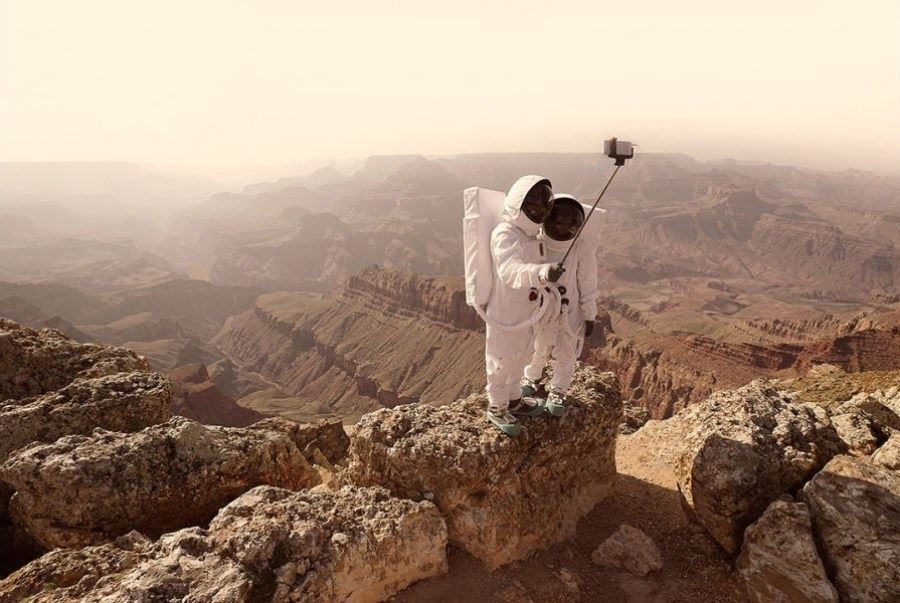 Sony ambassador Julien Mauve's latest project, Greetings from Mars, uses a series of images to tell a story