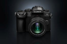 Panasonic LUMIX G90 | The mid-range mirrorless that borrows from the G9 and GH5