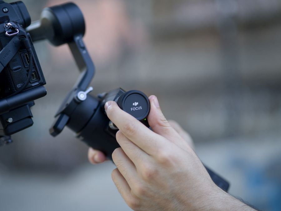 DJI Ronin-SC | Featherweight one-handed gimbal