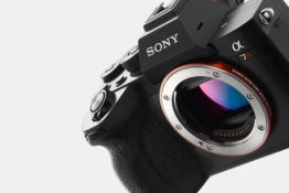 Sony's A7R IV boasts a class-leading 61MP full-frame sensor