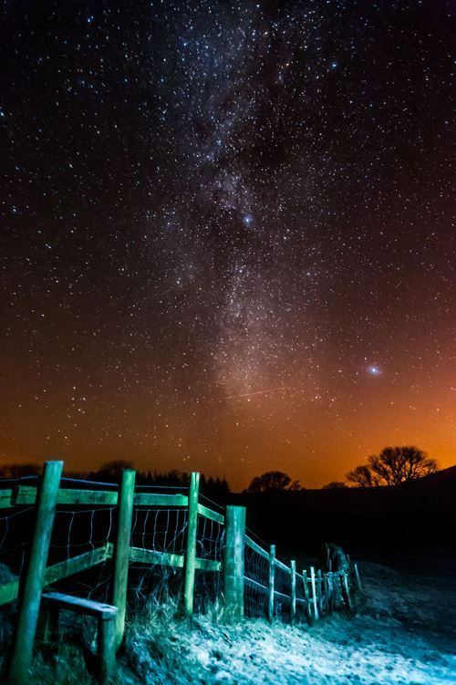 Photographing the night sky