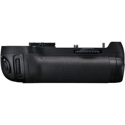 Used Nikon MB-D12 Battery Grip