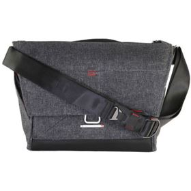 Used Peak Design The Everyday Messenger 15 - Charcoal