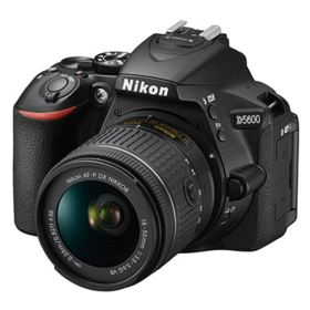 Nikon D5600 with 18-55mm Lens