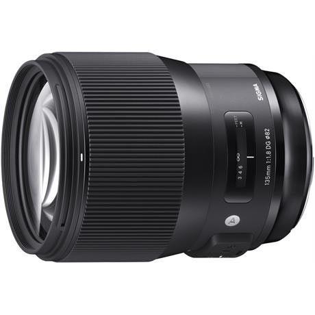 Image of Sigma 135mm f1.8 DG HSM Lens - Sigma SA Fit