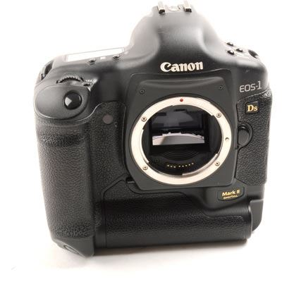 Image of Used Canon EOS 1Ds Mark II Digital SLR