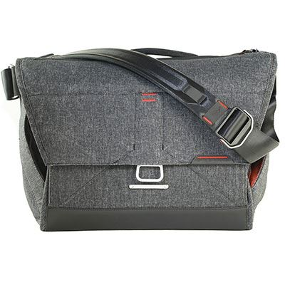 Peak Design The Everyday Messenger 15in - Charcoal v2