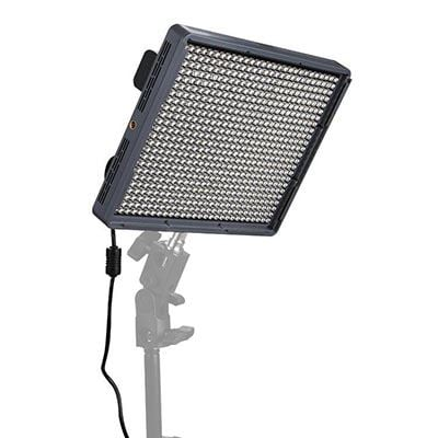 Image of Aputure Amaran HR672S LED Light