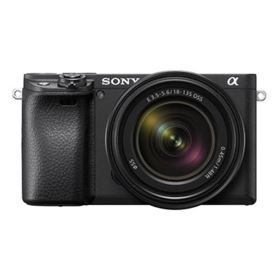 Sony A6400 with 18-135mm Lens