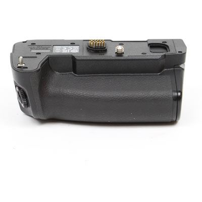 Used Olympus HLD-9 Power Battery Holder for E-M1 Mark II