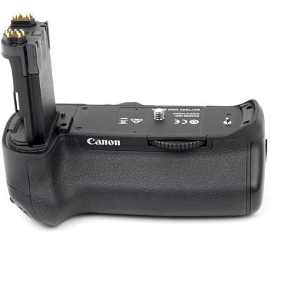 Used Canon BG-E16 Battery Grip for EOS 7D Mark II