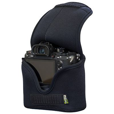 Image of LensCoat BodyBag M for Mirrorless Cameras with Grip - Black
