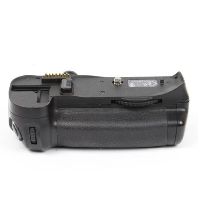 Used Nikon MB-D10 Battery Grip for D300 / D300s / D700
