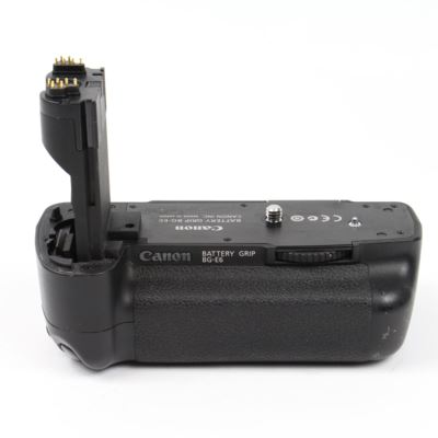 Used Canon BG-E6 Battery Grip