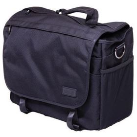 Calumet Medium Messenger Bag