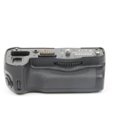 Used Pentax D-BG5 Battery Grip
