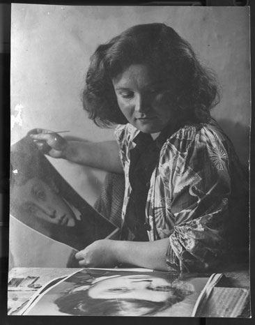 Jane Bown 1947